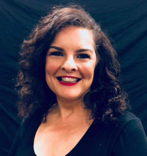 Wendy Alberni - actor, singer